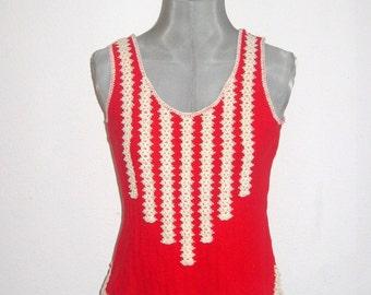 SALE  70s crochet top