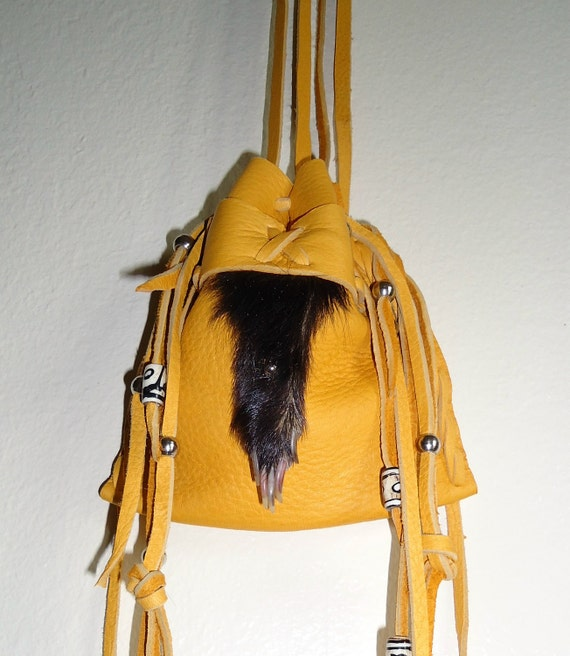Medicine bag skunk paw with claws and gold deerskin leather mountain man rendezvous totem