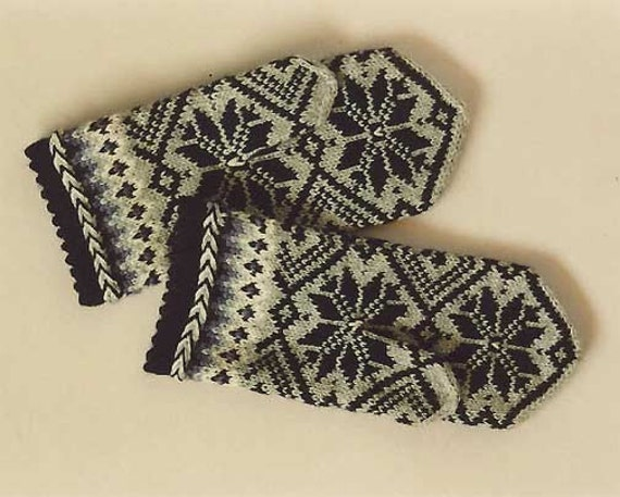 High quality hand knitted warm wool mittens , gloves patterned black and grey
