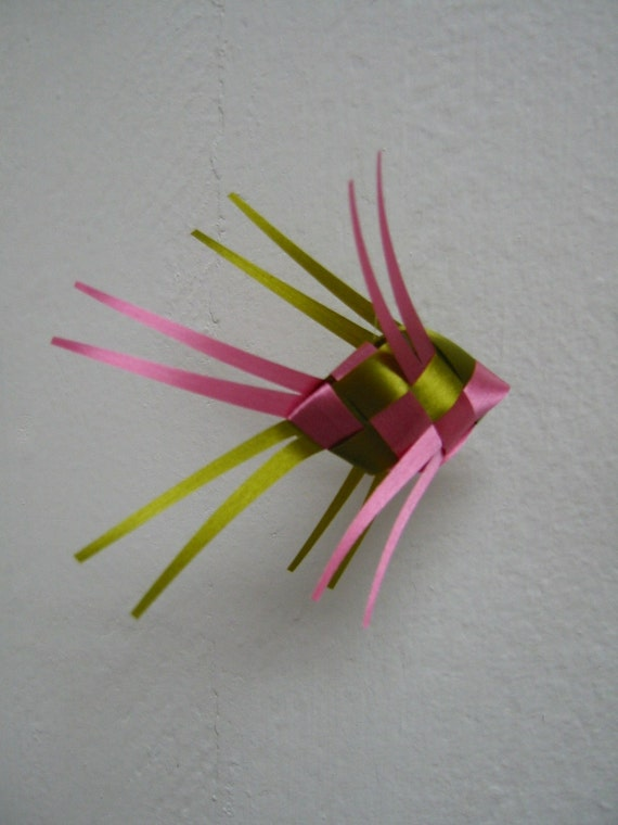 Ribbon Fish Mobile-olive plus