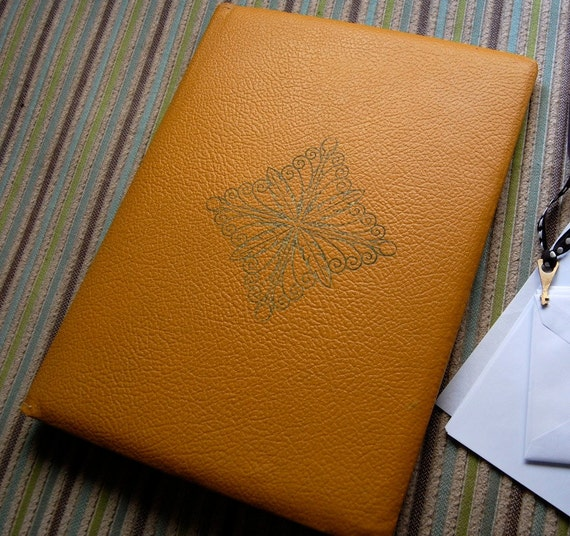 Vintage Writing Portfolio Faux Leather with Key