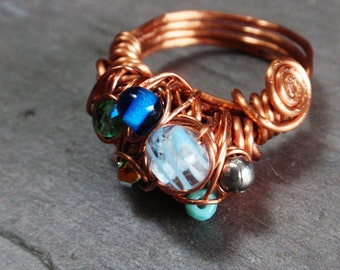 Seafoam ring: copper wire spiraled lampwork faceted glass blue aqua teal green fire polished gray silver