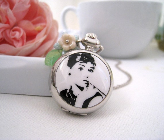 Audrey hepburn pocket watch necklace for Audry rose jewelry reviews