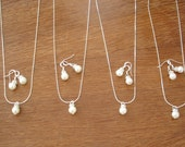 Simple & Elegant Pearl Bridesmaid Jewelry Set - Necklace and Earrings, Weddings