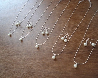 4 Bridesmaid Single Pearl Jewelry Sets  - Necklace and Earrings, weddings, bridesmaid jewelry