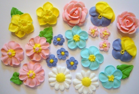 Royal Icing Sugar Flowers for Cake Decorating LOT of 100