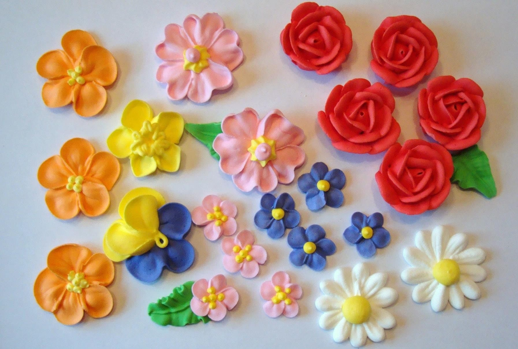 Cake Decorating Icing For Flowers : Flowers Frosting Flowers Pinterest