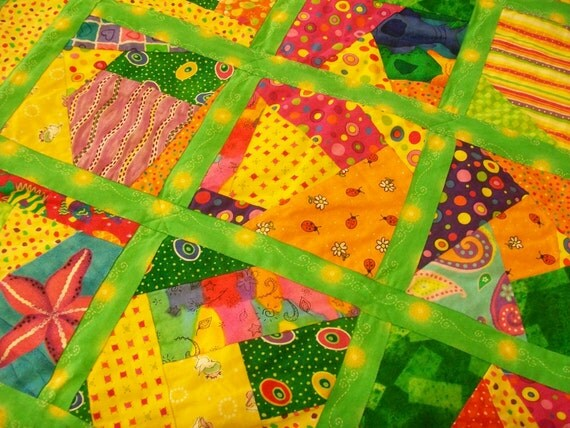 Vintage Quilt, Lap Quilt, Patchwork Quilt, Baby Blanket, Doll blanket/quilt