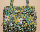 Quilted Bag  Bow Bag Quilted Tote Quilted Purse  Made Custom For You by Quilted Creations By Me