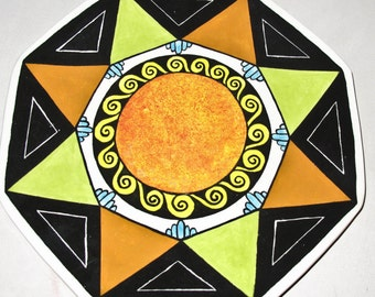 Octagonal Plate with Black Triangles