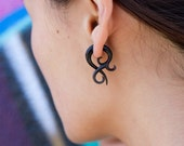 Fake Gauges, Fake Plugs, Handmade Horn Earrings, Tribal Style - Small Asalah Twists