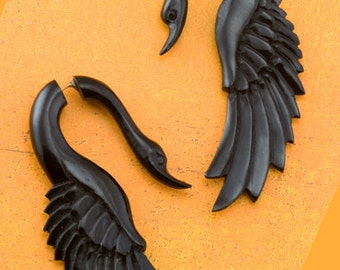 SALE!! Fake Gauges, Handmade, Horn Earrings, Cheaters, Organic, Plugs, Split, Tribal Style - Yafah Swans Horn