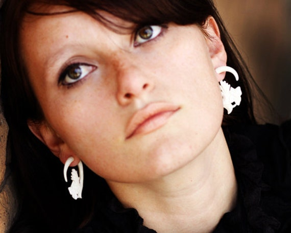 Fake Gauges, Handmade, Bone Earrings, Cheaters, Organic, Plugs, Split, Tribal Style - Aliya Flower Hoops Bone