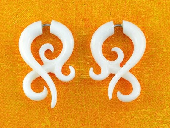 Fake Gauges, Handmade, Bone Earrings, Cheaters, Organic, Plugs, Split, Tribal Style - Asalah Twists Sm/Bone