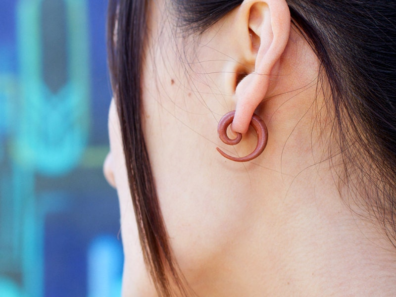 how to wear fake earrings with sensitive ears