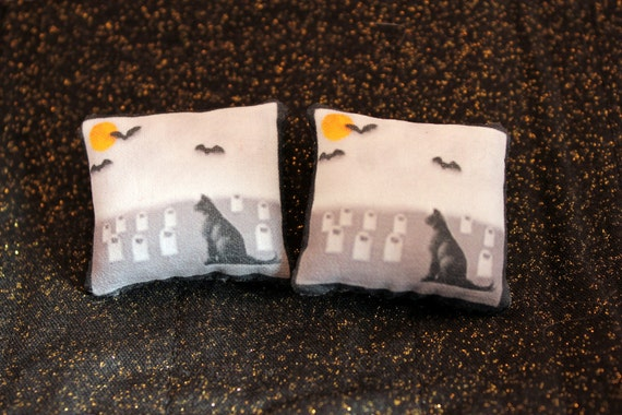 Black Cat Miniature Pillows Dollhouse Halloween Decor
