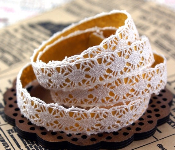 Handmade Peel & Stick 5/8 inch COTTON LACE Adhesive Fabric Deco Tape eyes wide open design -2 YARDS