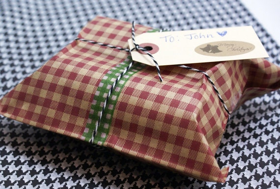 Set of 40 COUNTRY GINGHAM RED - 6 1/4 x 9 1/4 inch Recycled Kraft paper merchandise or gift bags - for Packaging, Party Favors, Retail items