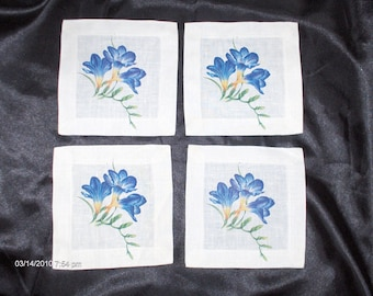 Vintage Linen Floral Napkins/Doilies