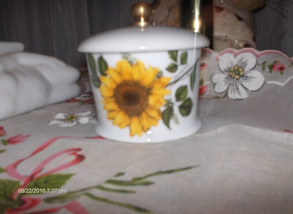 PRICE REDUCTION - Vintage House of Prill Porcelain Postage Stamp Roll Holder
