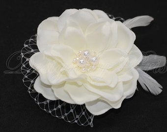 BP3-PI - Bridal Ivory Gardenia Hair Flower with Cluster of Swarovski Pearls and Crystals Center, Feathers and  Netting - Bridal.Hairpiece