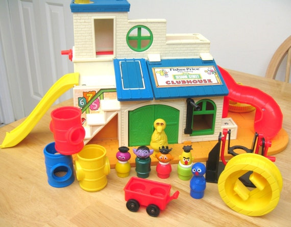 Vintage Fisher Price Sesame Street Clubhouse Set (2)