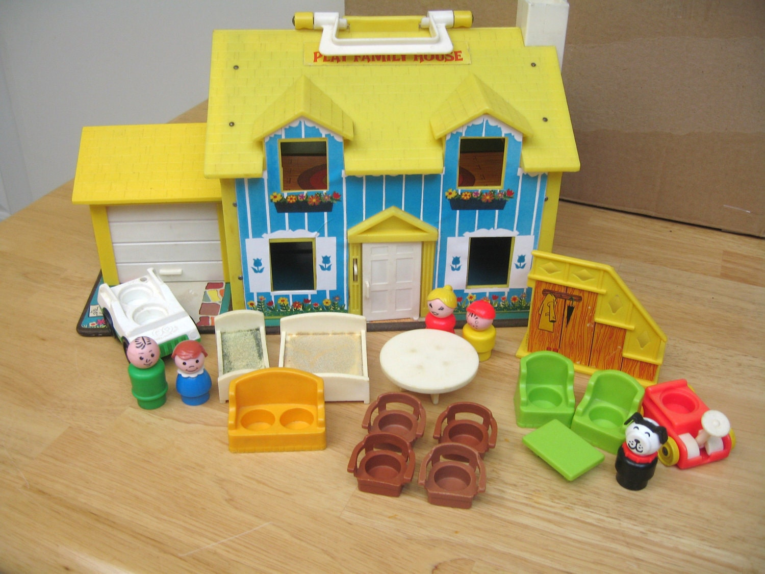 vintage fisher price yellow house set. Black Bedroom Furniture Sets. Home Design Ideas