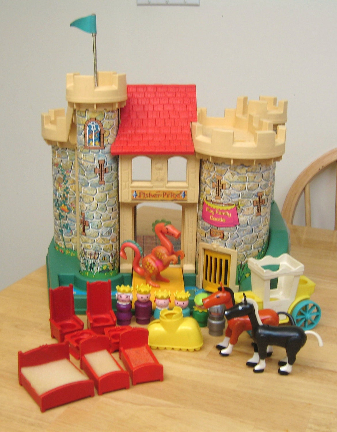 reserved vintage fisher price castle playset. Black Bedroom Furniture Sets. Home Design Ideas