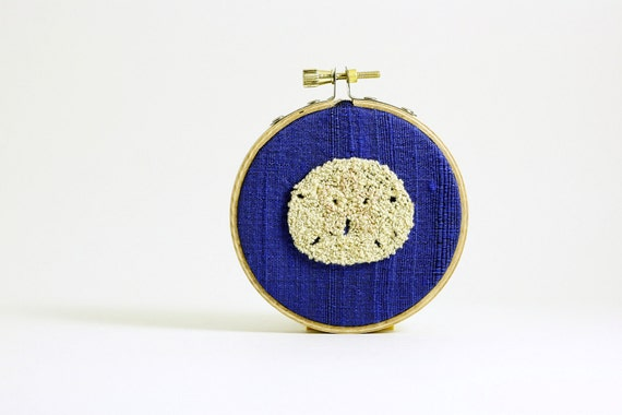 Sand Dollar Embroidery Hoop Wall Art. Cobalt Blue Silk. Beach House or Cottage Decor. Nautical, Ocean Inspired. Punch Needle Embroidery.
