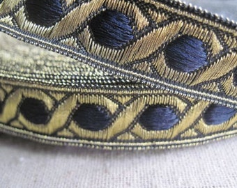 Celtic Chain Metallic Jacquard Ribbon in midnight BLUE and GOLD