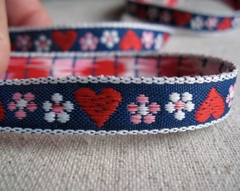 Hearts and Blooms woven jacquard ribbon VIOLET