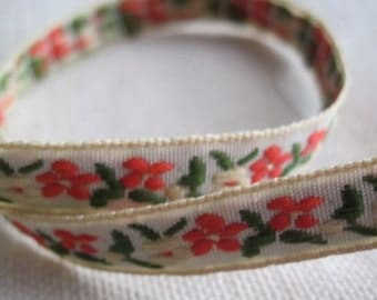 small GARDEN ribbon in sonic RED and Butter Cream on Natural