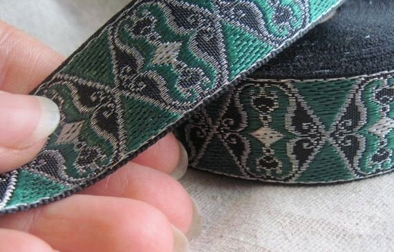 Wings of Sy jacquard SILVER and GREEN Wings of Sy