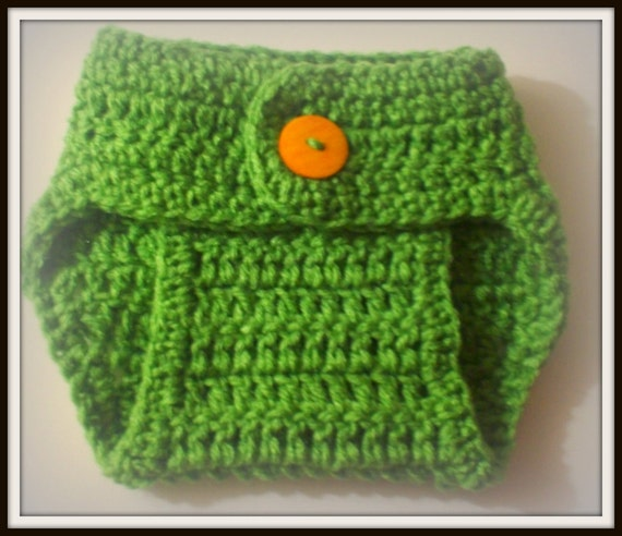 Diaper Cover, Photo Prop, Newborn to 3 Months With Natural Wood Button, Tea Leaf Green, Crocheted, Simple