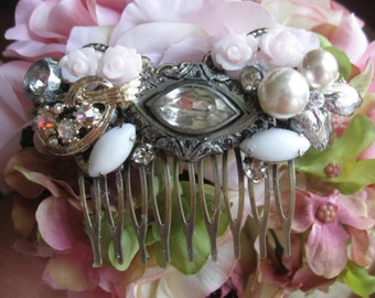 The Victorian.vintage assemblage  rhinestone bridal hair comb