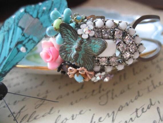 BuTtErFlY GaRdEn.vintage jewelry assemblage cuff bracelet