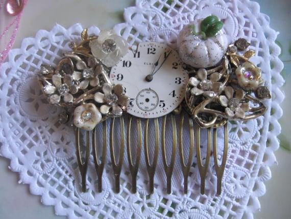 Cinderella at the Ball.vintage assemblage fairytale  rhinestone bridal hair comb