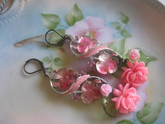 Passionate.vintage art glass and flower assemblage dangle earrings