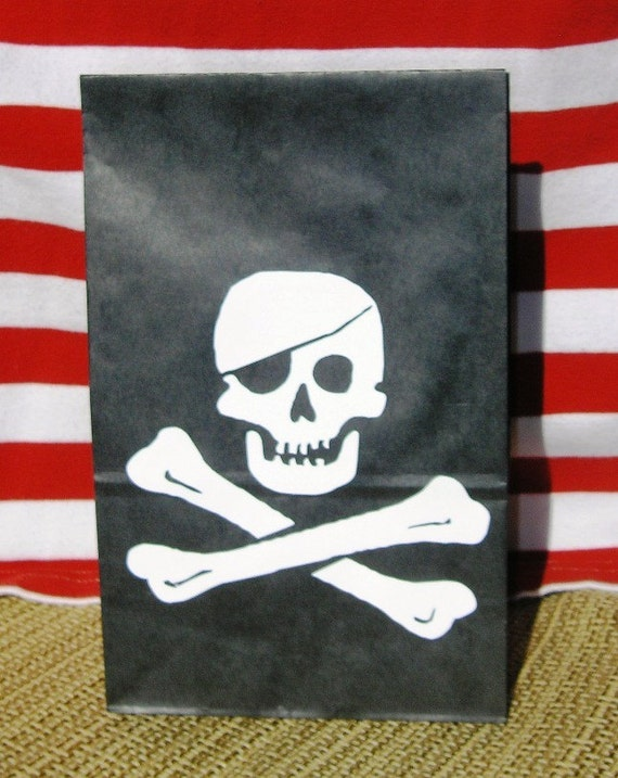 Jolly Roger Skull Crossbones Treat Sacks PIRATE Island Theme Birthday Party Favor Bags by jettabees on Etsy