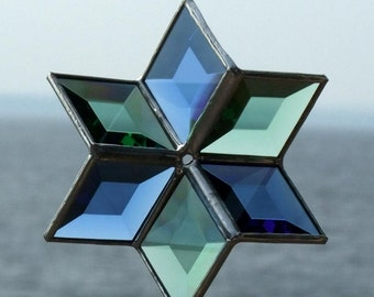 3D Blue and Green Beveled Stained Glass Star with Silver Lines - Medium