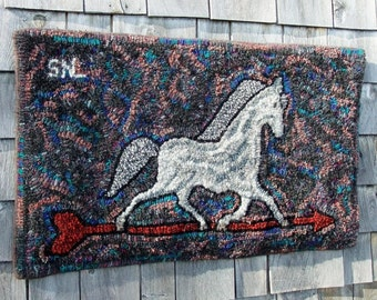 Hand Hooked Primitive Horse Rug from Eco Friendly Recycled Wool - Which Way D Go - 19x32 in (47.5x80cm)