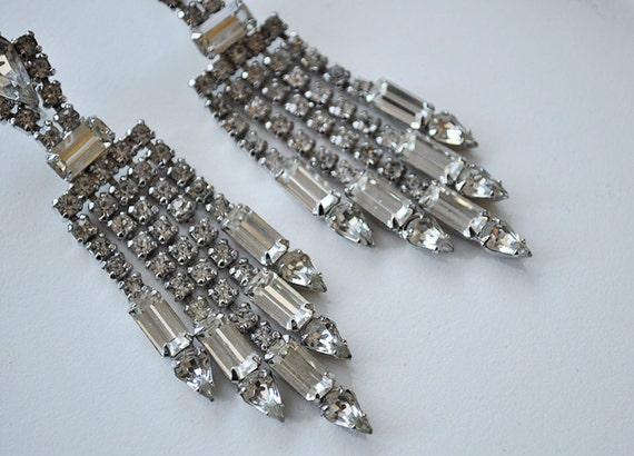 Beautiful 1930s Art Deco Rhinestone Dangle Earrings