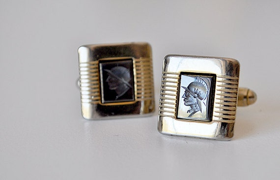 Vintage Anson Gold and Onyx Cufflinks
