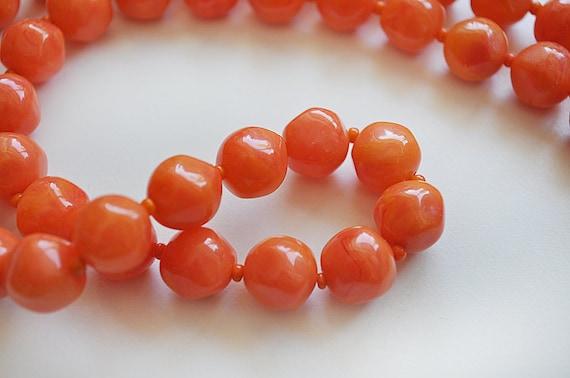 Vintage 1940s Tangerine Necklace