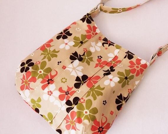 Crossbody bag - flowers beige