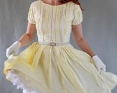 Sale- 1950s Dress. Pale Yellow. Pastel Fashion. Lace Fashion. Mad Men Fashion. Weddings. Spring Fashion. Easter. Summer Fashion. Size Medium