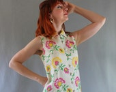 Sale - 1960s Floral Dress. Cream Pink.  Cocktail Dress. French Country. Weddings. Mad Men Fashion. Fall Fashion. Spring Fashion. Size Medium