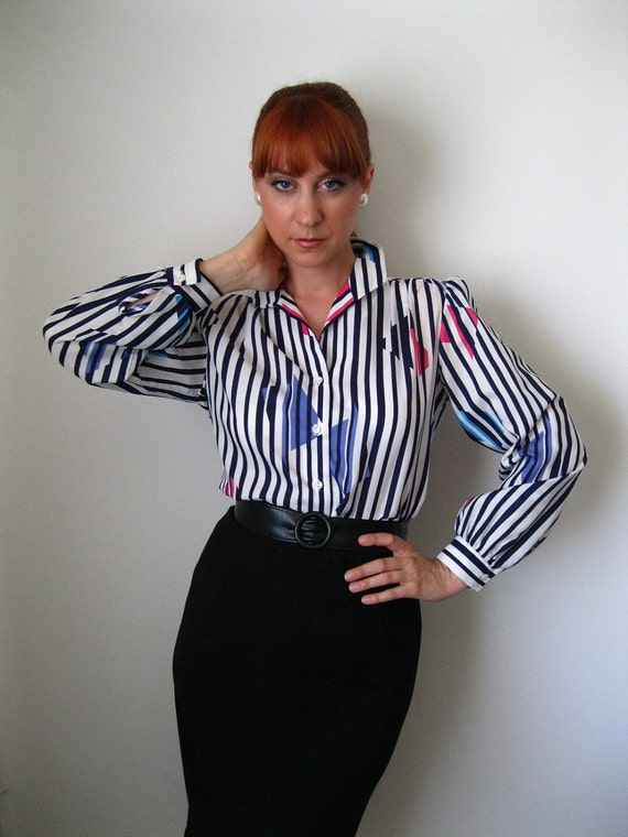 Sale- 1970s Blouse. Blue Stripes. Mad Men Fashion. Office Fashion. Spring Fashion. Blue Pattern