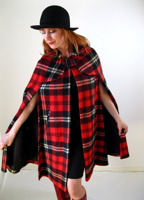 1960s Red Plaid Cape Coat Autumn Fall Fashion