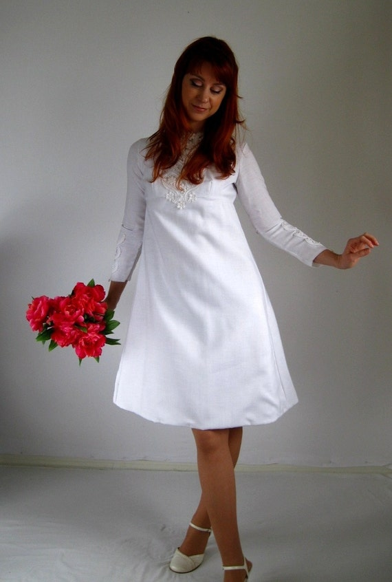 Sale- 1960s Dress. White Dress. Lace Wedding dress. Mod. Hipster. Spring Fashion. Lace Dress Fashion. 1960s Wedding Dress